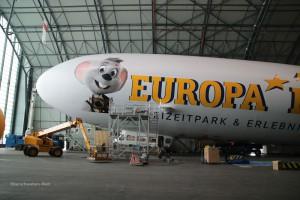 Zeppelin-Hangar-vorderer-Te