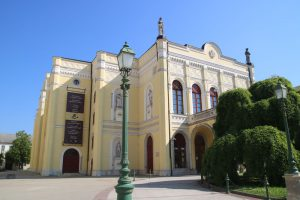 Debrecen-02-Theater