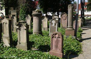 Laupheim-01 Juedischer-Friedhof
